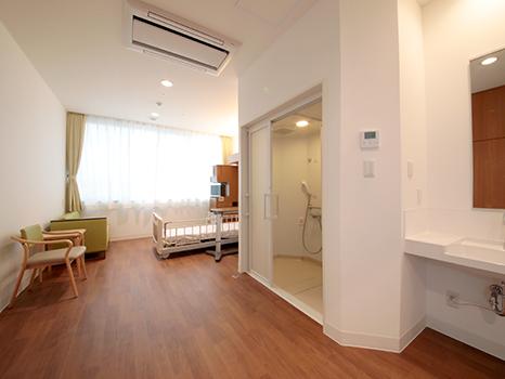 個室(8,000円)